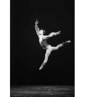 Photography of Mikhail Baryshnikov by Francis Apesteguy