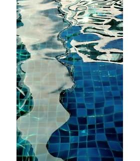 Carrelage bleu by Claude Guillaumin