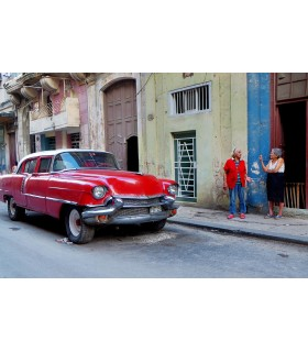 Photo de Cuba, red car par Maurice Renoma